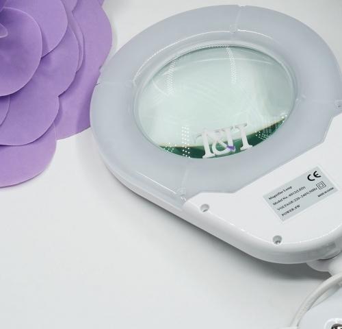 Лампа-лупа LED настольная овал